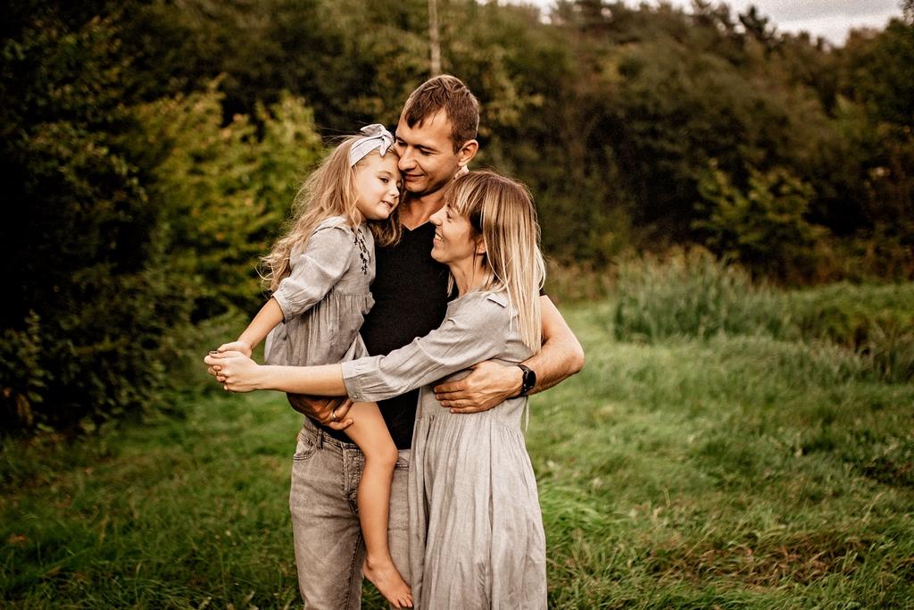 Fotografia rodzinna w plenerze Szczecin, sesja plenerowa , sesja rodzinna w Szczecinie
